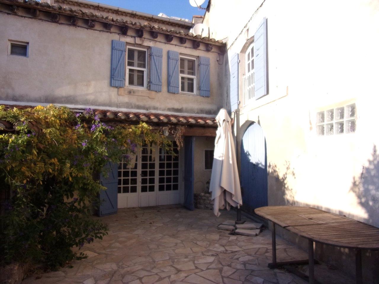 Offres de vente Maison de village Fontvieille 13990