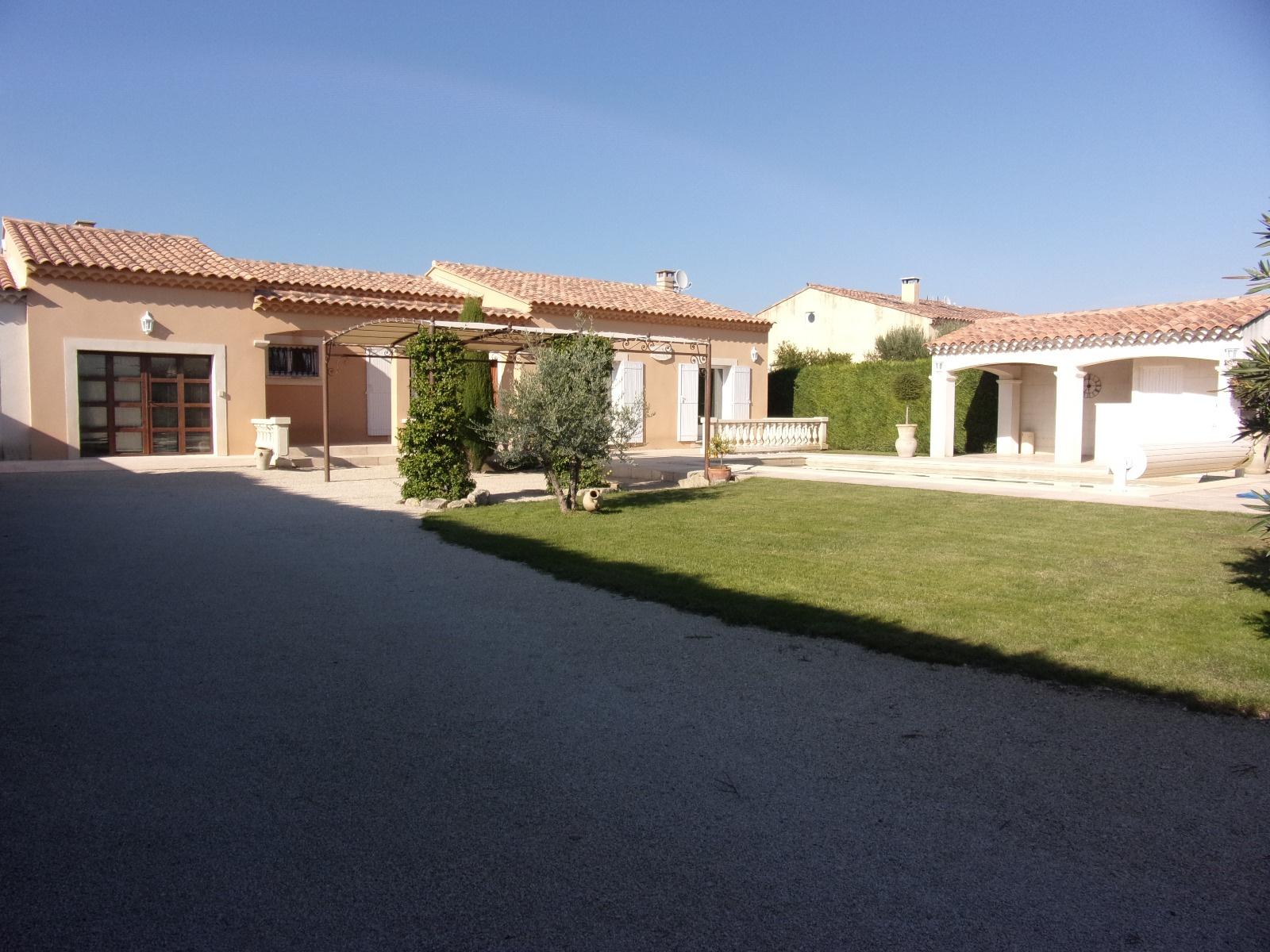 Vente agr able maison tout confort for Acheter une maison en provence