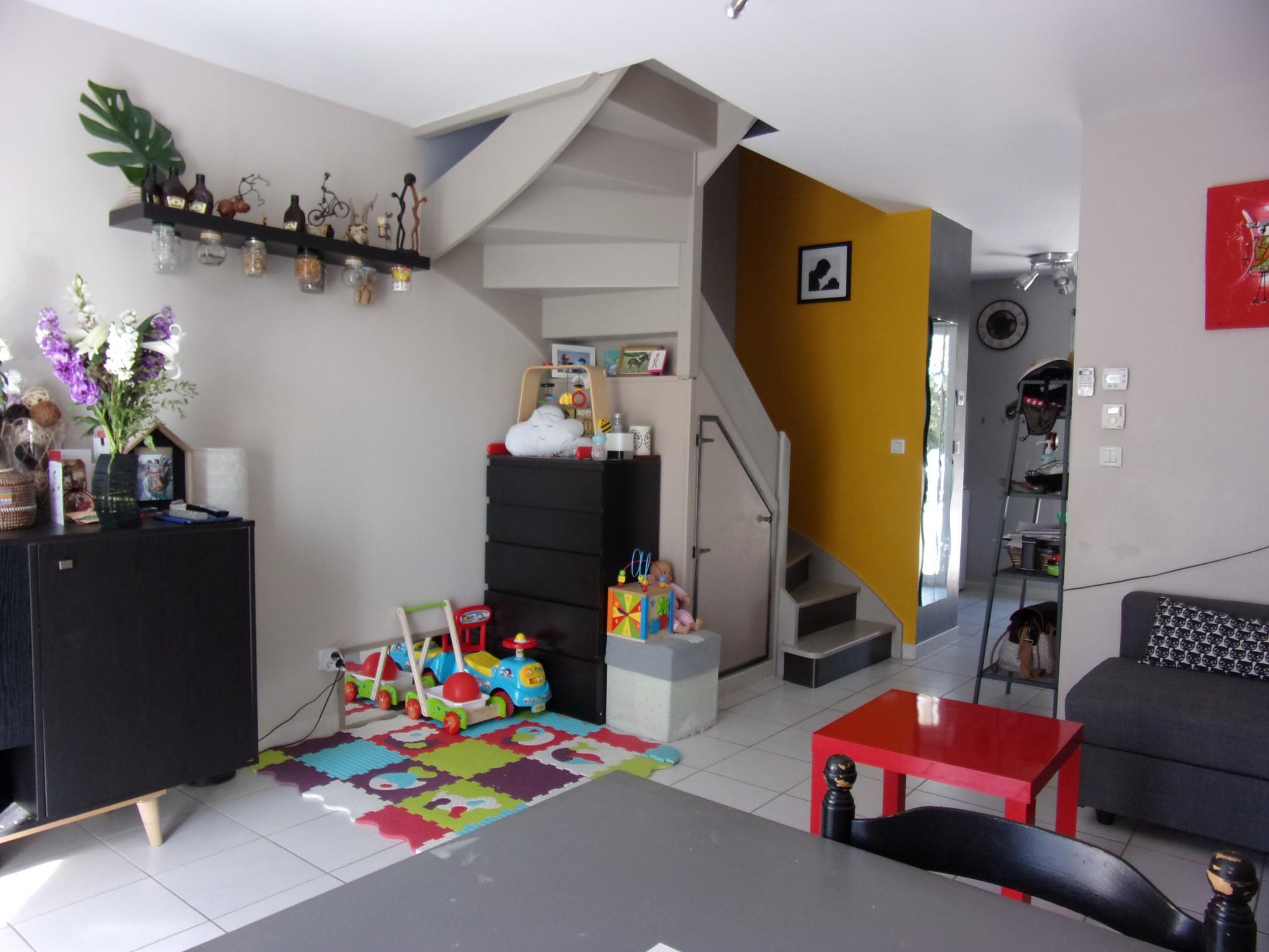 Maison 60 m² 3 pièces saint étienne du grès 189 000 € hai